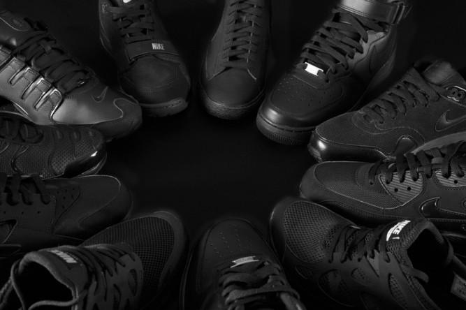 RS71108_Foot Locker Triple Black Men (24)-scr