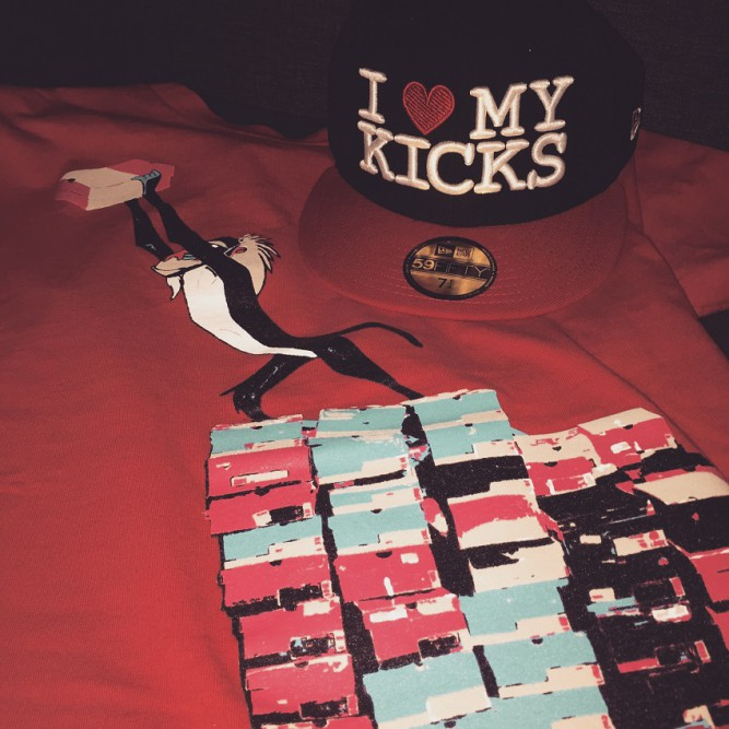 new-era-i-love-kicks-king-of-sneaker-shirt