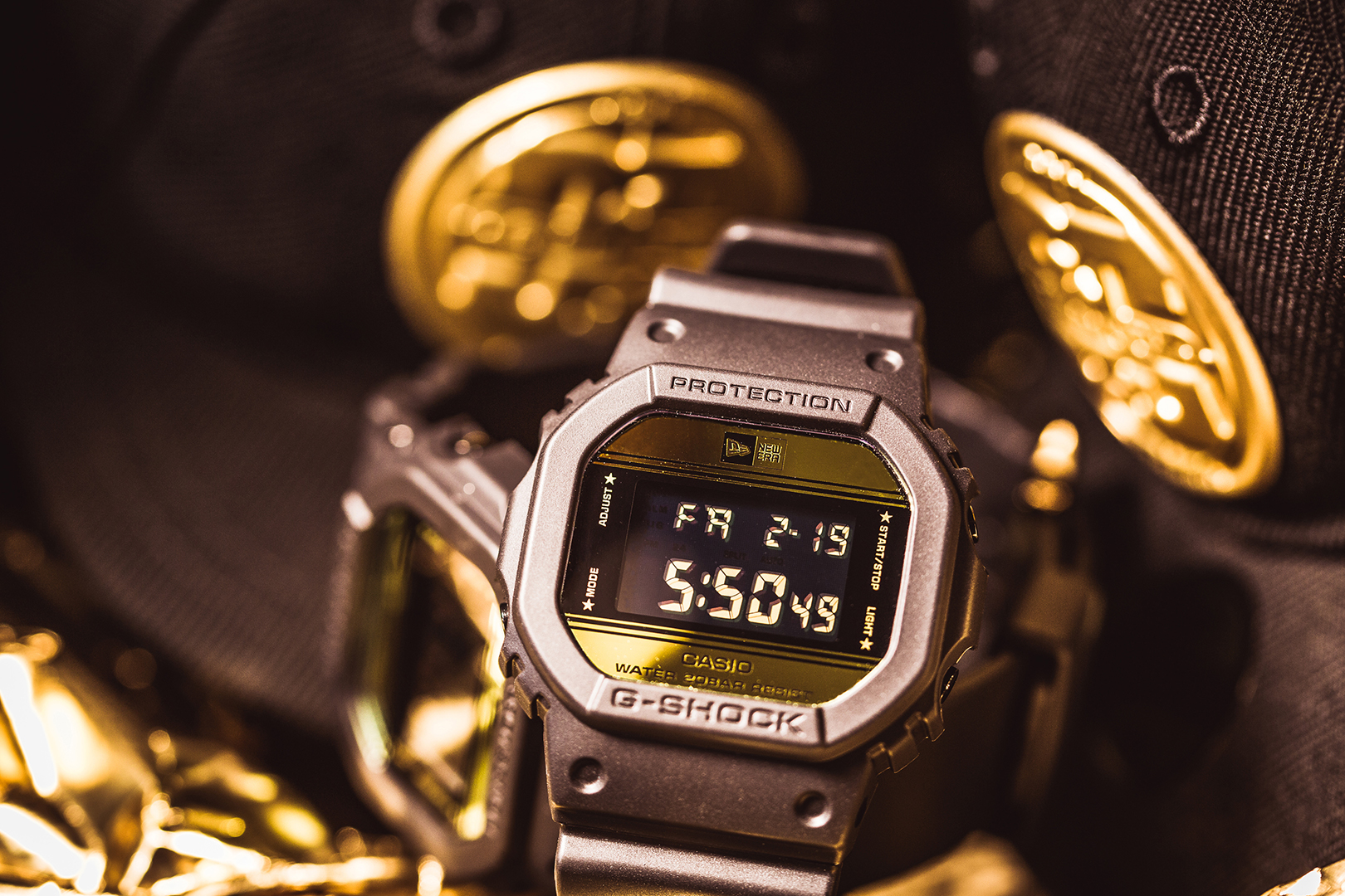 casio-dw-5600ne-1er-g-shock-new-era-12